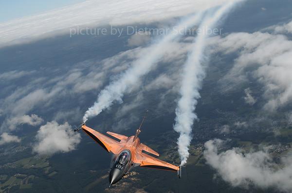 2013-09-15 J-015 F16 Dutch Air Force