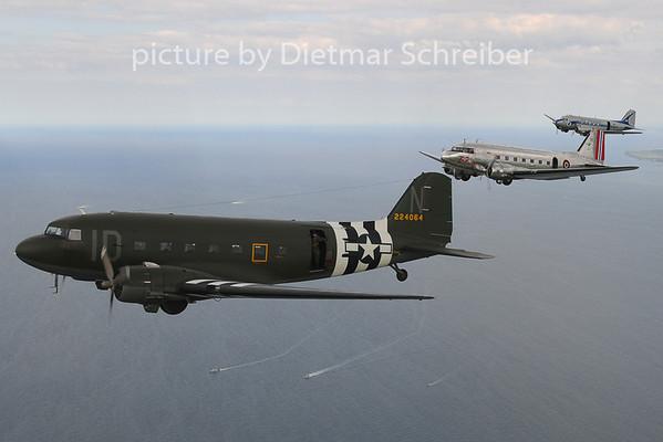 2014-06-05 N74589 / LN-WND Douglas DC3
