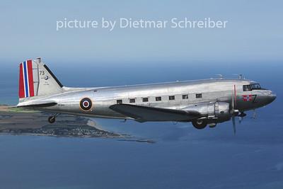 2014-06-05 LN-WND Douglas DC3 Dakota Norway