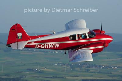 2014-06-08 D-GHWW Piper 23
