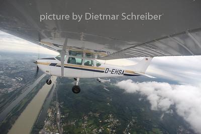 2014-08-19 D-EHSA Cessna 182 / D-CDLH Junkers Ju52
