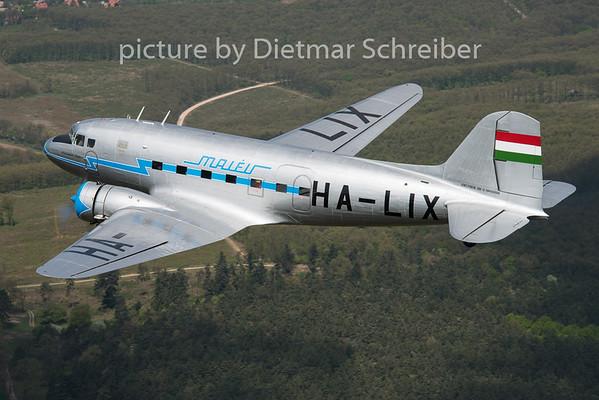 2015-04-26 HA-LIX Lisunov Li2 Malev 7 Goldtimer Foundation