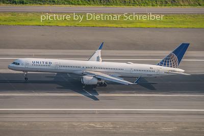 2015-06-15 N73860 Boeing 757-300 United AIrlines