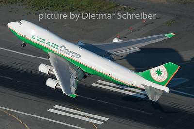 2015-06-15 B-16483 Boeing 747-400 Eva Air