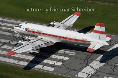 2015-06-15 N3054V DC4 Alaska Air Fuel