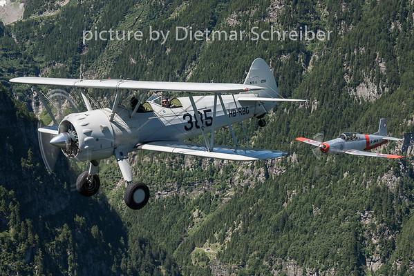 2015-06-26 HB-RBG Boeing Stearman / N848AD Pilatus P3