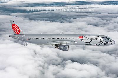 2016-04-14 OE-LEZ Airbus A321 Flyniki