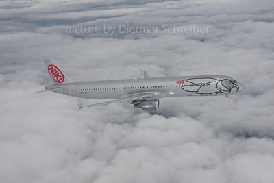 2016-04-14 OE-LEZ AIrbus A321 Fly Niki