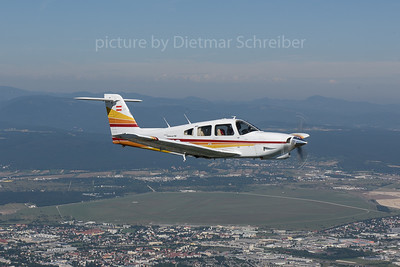 2017-07-30 OE-DJO Piper 28