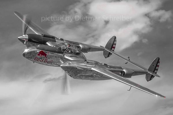 2018-04-30 N25Y P38 Lightning Flying Bulls