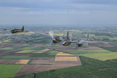 2018-05-01 N25Y Lockheed P-38 / OE-ESA T-28 Flying Bulls