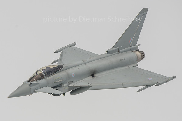 2018-06-08 ZK352 Eurofighter Royal Air Force