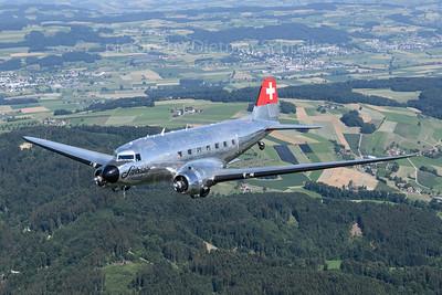 2018-06-20 N341HM Douglas DC3