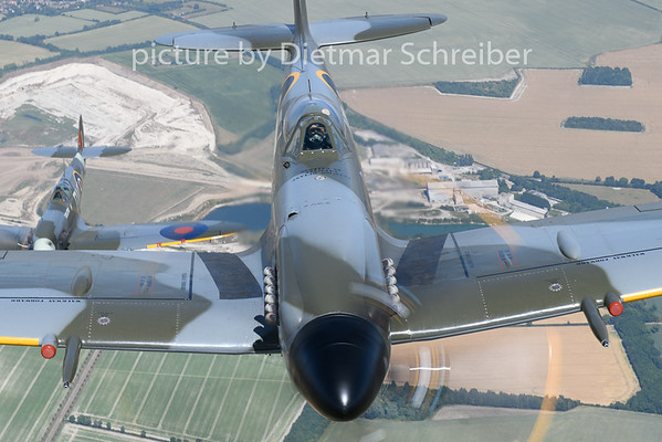 2018-07-03 G-IPSY / G-SPIT Spitfire