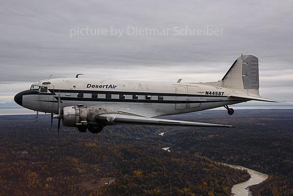 2019-09-28 N44587 DC3 Desert Air