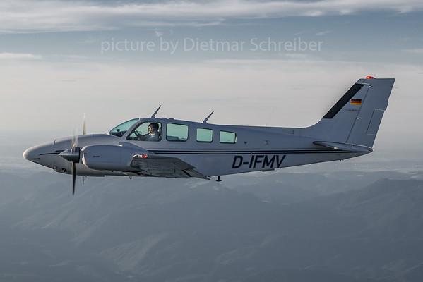 2020-07-27 D-IFMV Beech Baron