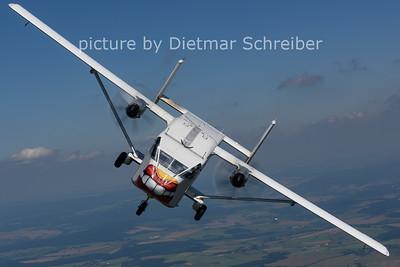 2021-08-14 OE-FDV Shorts SC7 Skyvan Pink Aviation
