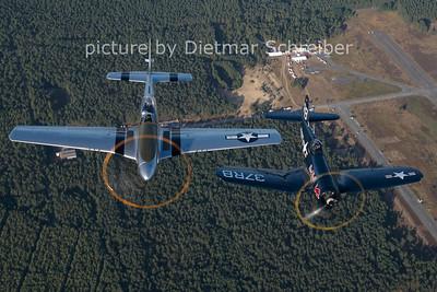 2012-08-17 PH-VDF P51 / OE-EAS Corsair