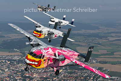 2014-08-08 OE-FDP / OE-FDI / OE-FDN / OE-FDK Shorts SC7 Skyvan Pink Aviation