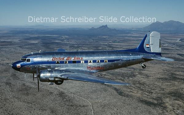 1997-12 N16070 Douglas DC-3A-197 (c/n 1910) United Airlines