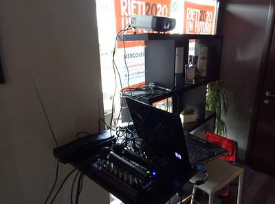 Altra piccola installazione (amplificazione e proiezione)