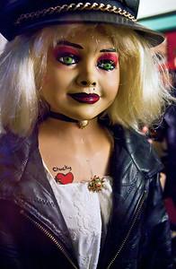 Chucky Store Window Hannibal MO_0935