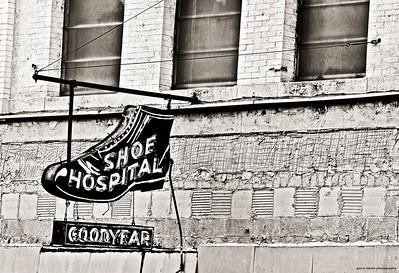 Shoe Hospital sign, Birmingham, AL