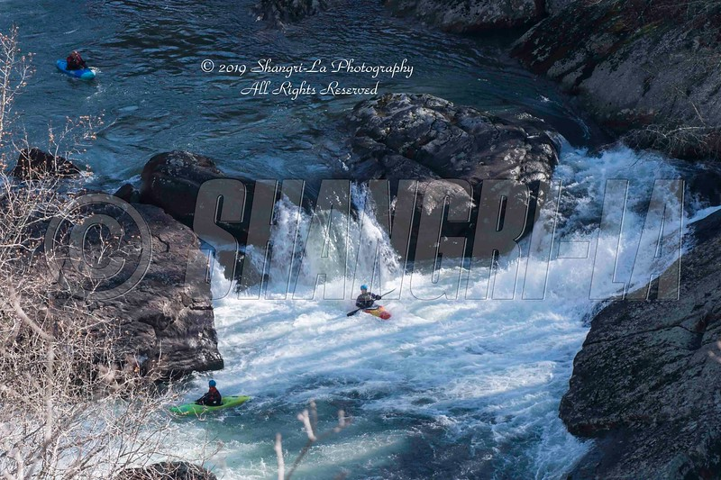 Kayakers LRCNP 01-06-2019_DSC2842 wm cm