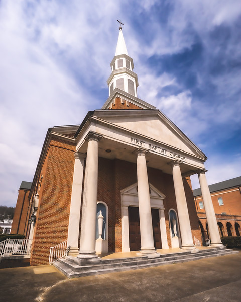 First Baptist Church in Fort Payne Alabama