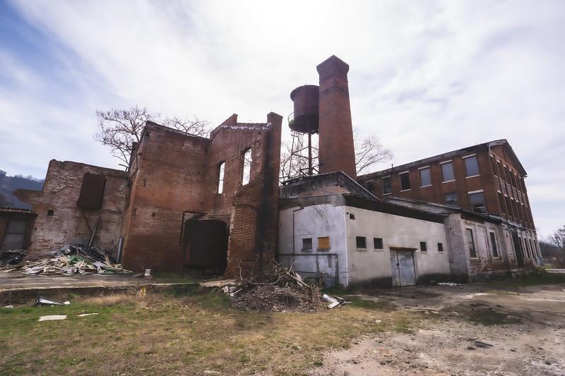 W.B. Davis Hosiery Mill in Fort Payne Alabama