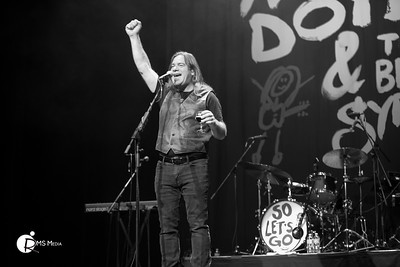 Alan Doyle & The Beautiful Gypsies | McPherson Playhouse Theatre | Victoria BC