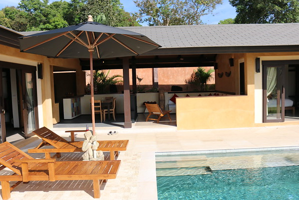 3 bedroom Alanta villa Open lounge and dining area