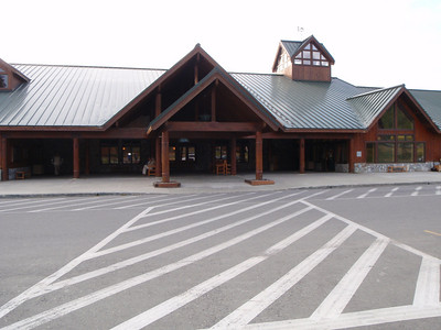 Accommodations: Mt. McKinley Princess Wilderness Lodge (exterior main lodge)