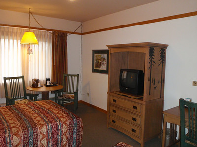 Accommodations: Mt. McKinley Princess Wilderness Lodge (cabin)