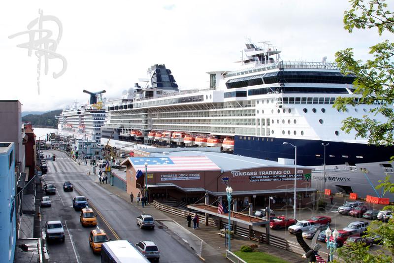 Cruise Ships (IMG_1482)
