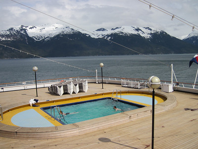 One of several swimming pools on the Ryndam.