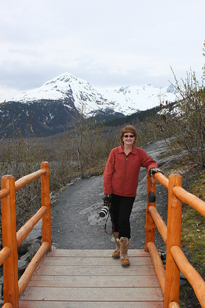 Along the trail to Exit Glacier.