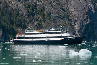 How we cruised the Inside Passage: a 32-passenger ship, the Island Spirit, with 6 crew.