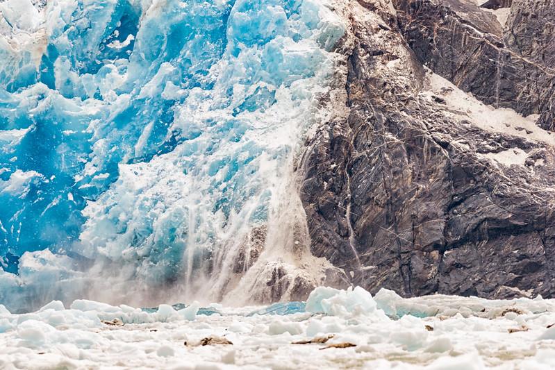 Tracy Arm glacier calving