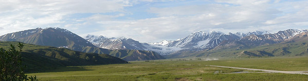 Gulkana Glacier from the Richardson Hwy.