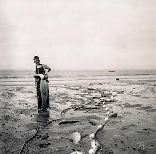 Lars holding a King Salmon, Salamatof Beach