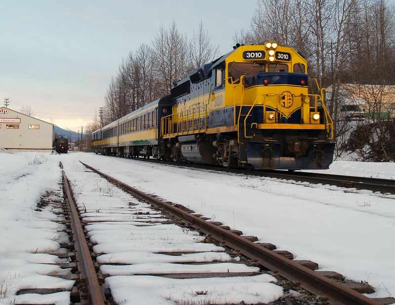 Southbound Aurora approaching the Anchorage Depot.