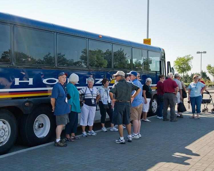 Loading the bus leaving Stanley Park