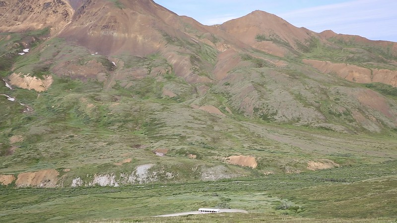 Video Panorama of Denali (poor quality) - Click Image to Play