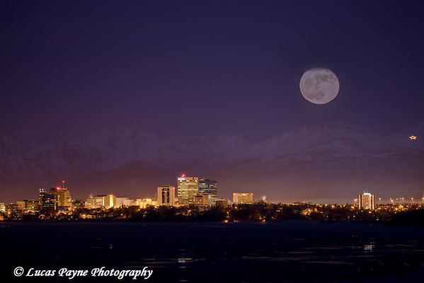 Full moon over Anchorage, Alaska.<br /> January 30, 2010