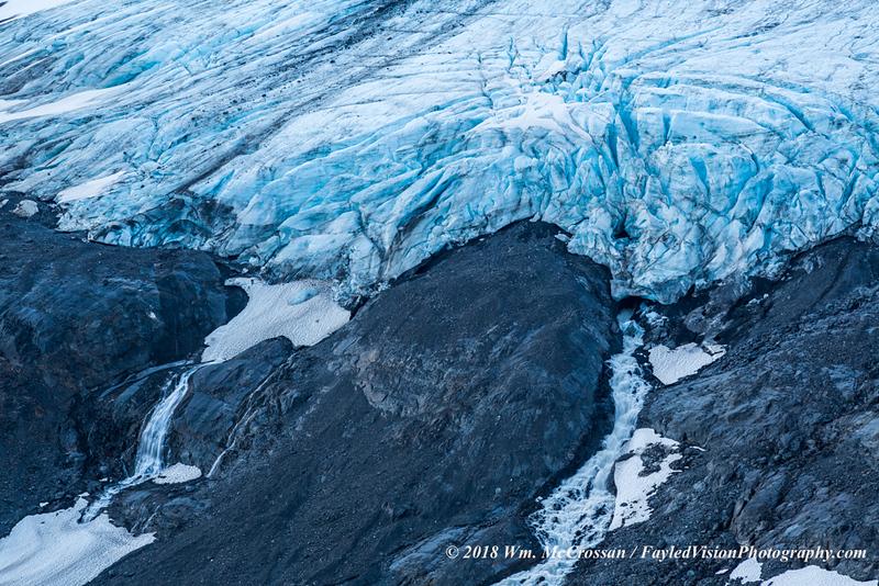 Raven Glacier at Crow Pass