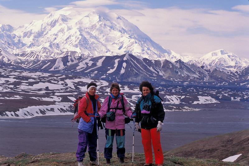 AK-1991-s048a Trekking Denali