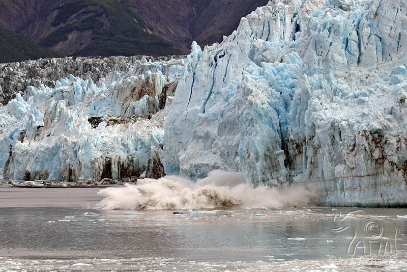 Calving action from glacier peeling away