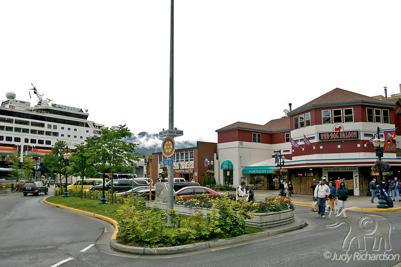 Juneau dock area with Red Dog Saloon
