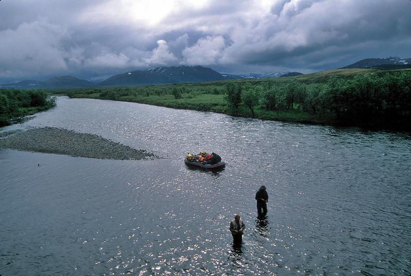 AKS95-011a Kanektok fishing